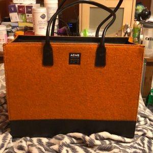 Acme laptop case